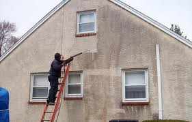 Pressure washing stucco homes in venice florida burnett - How to clean house exterior before painting ...